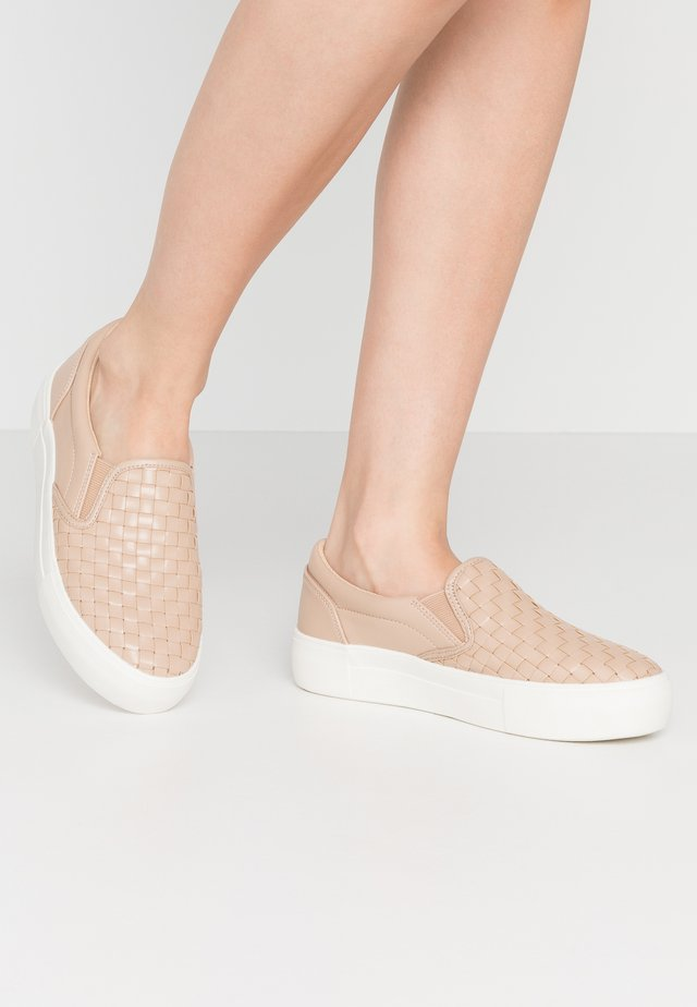 BRAIDED TRAINERS - Slip-ins - beige