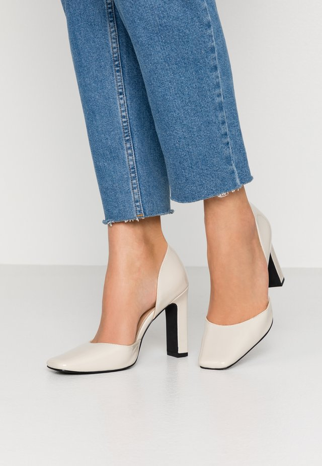 SQUARED - Høye hæler - nude