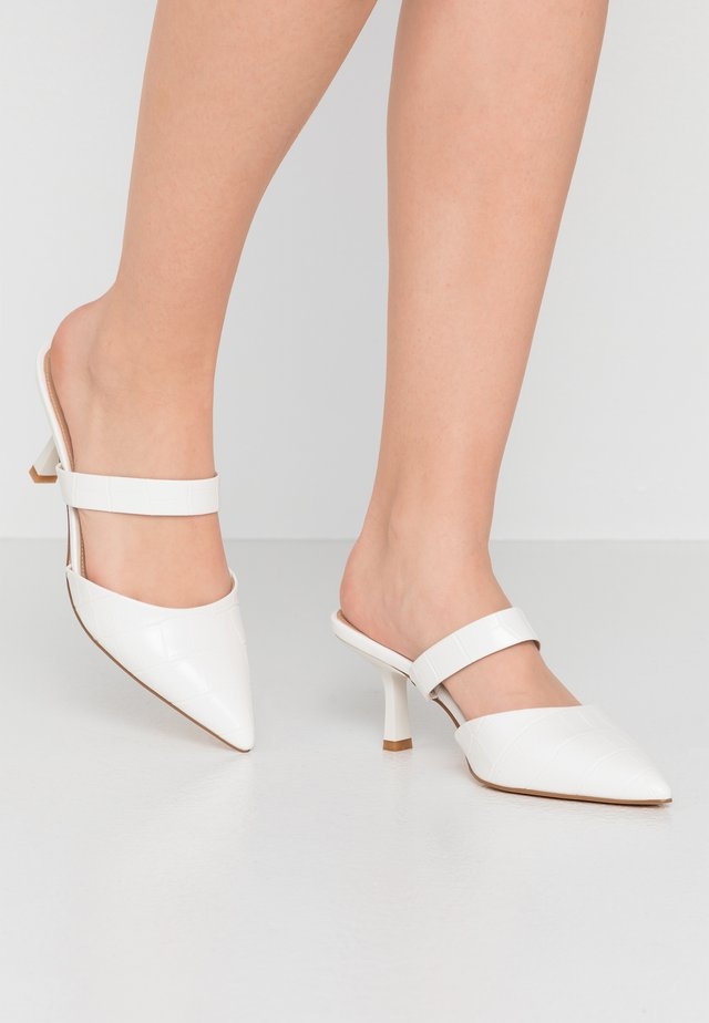 HOSS POINTED TOE SLIP INS - Heeled mules - white