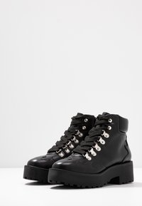 NA-KD - CLEATED WESTERN DETAIL LACEUP - Ankelboots - black - 4