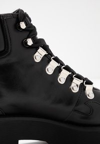 NA-KD - CLEATED WESTERN DETAIL LACEUP - Ankelboots - black - 2
