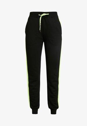 CONTRAST PANEL JOGGERS - Pantalon de survêtement - black