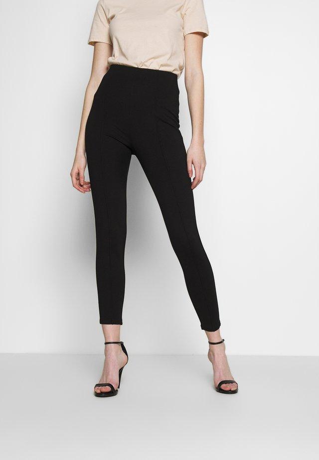 FRONT SEAM PANTS - Leggingsit - black