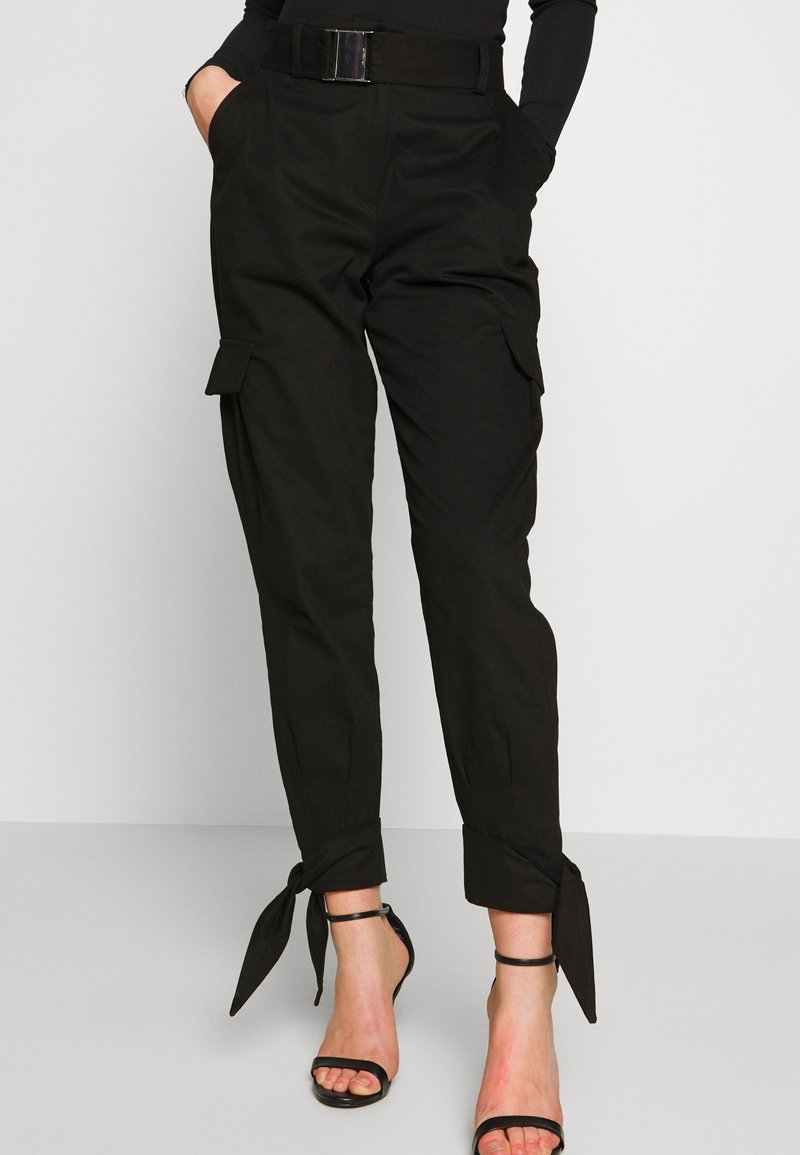NA-KD - KNOT DETAIL CARGO PANTS - Trousers - black