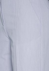 NA-KD - ZALANDO X NA-KD STRAIGHT SUIT PANTS - Pantalones - dusty blue - 5