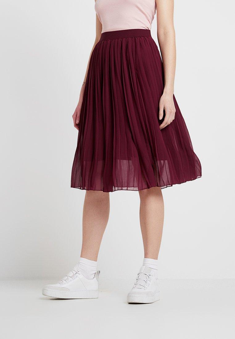 NA-KD - MIDI PLEATED SKIRT - A-line skirt - burgundy