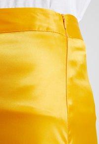 NA-KD - BIAS CUT MIDI SKIRT - A-line skirt - yellow - 4