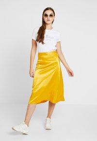NA-KD - BIAS CUT MIDI SKIRT - A-line skirt - yellow - 1