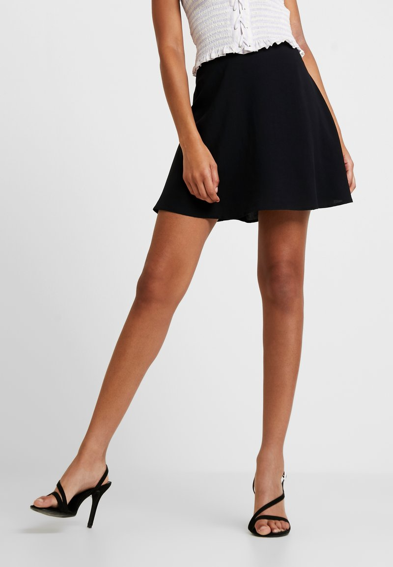 NA-KD - FLOWING SKIRT - Áčková sukně - black