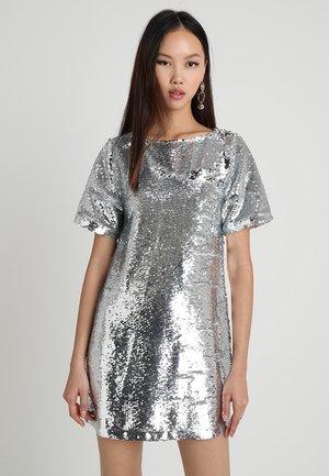 SEQUIN TEE DRESS - Sukienka koktajlowa - silver