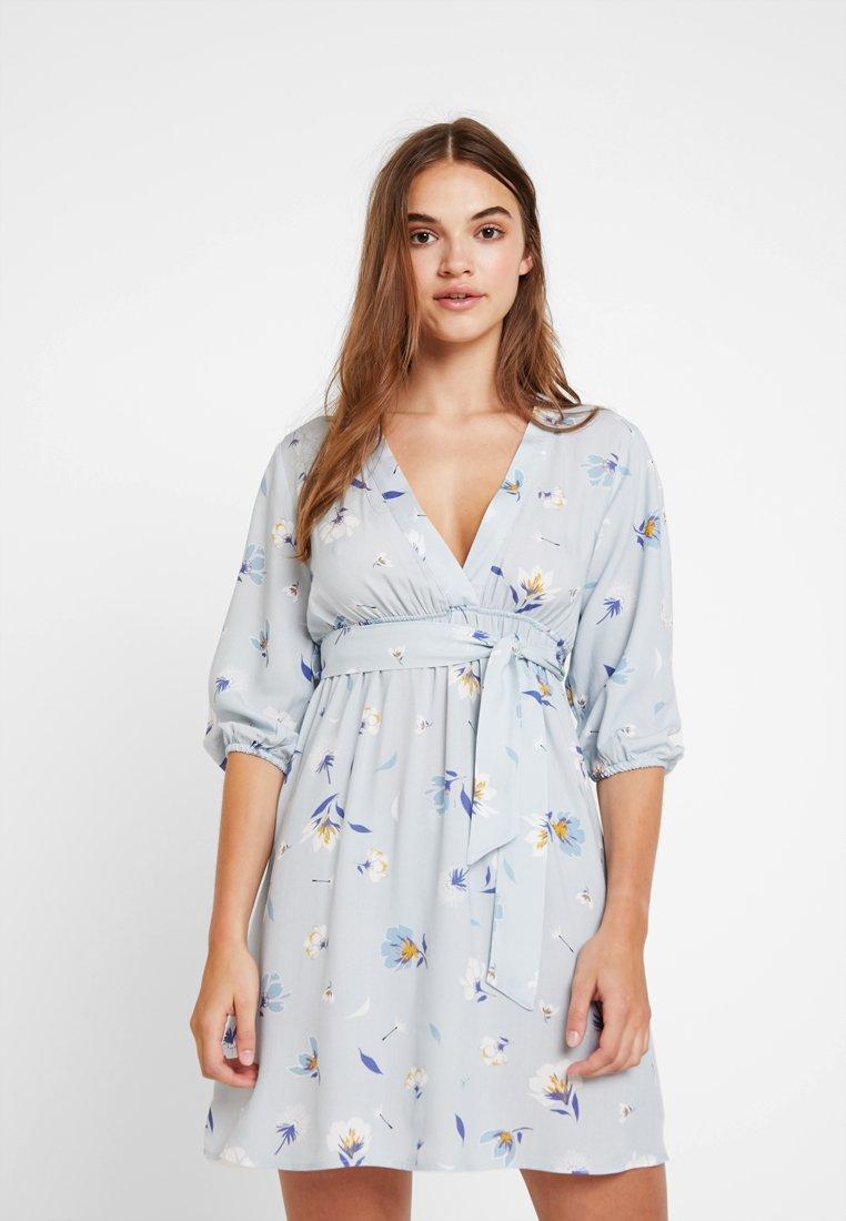 NA-KD - DEEP V MINI DRESS - Kjole - blue