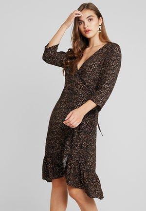 LEO WRAP DRESS - Vestito estivo - copper