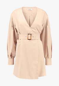 NA-KD - BALLON SLEEVE BELTED DRESS - Denní šaty - beige - 4
