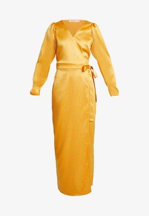 PUFF SLEEVE WRAP MAXI DRESS - Vapaa-ajan mekko - mustard