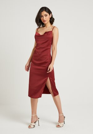 ZALANDO X NA-KD - Cocktailkleid/festliches Kleid - bordeaux