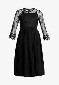 NA-KD - CONTRAST MIDI DRESS - Vestito elegante - black - 5