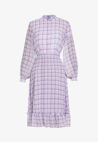 NA-KD - PLAID SHEER DRESS - Maxi-jurk - purple - 3