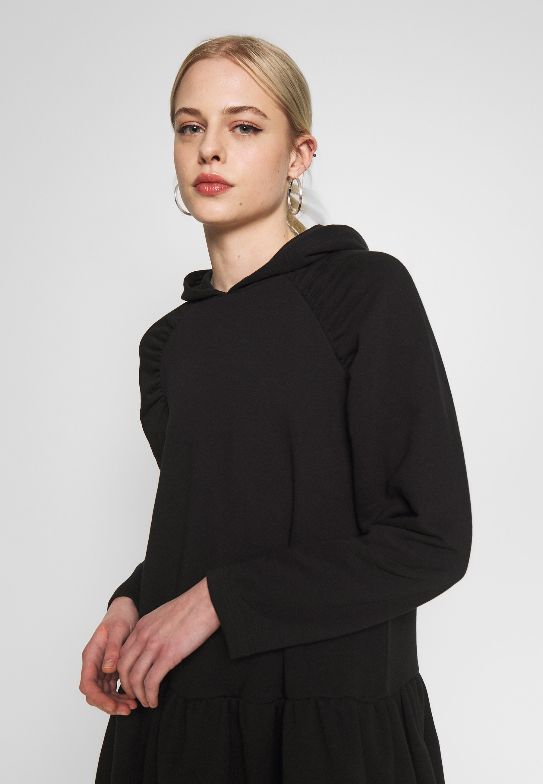 Na-kd Gathered Hoodie Dress - Hverdagskjoler Black