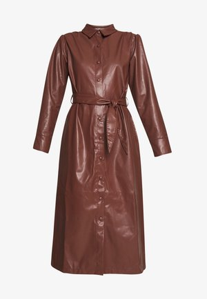 FAUX  BELTED SHIRT MIDI DRESS - Freizeitkleid - brown