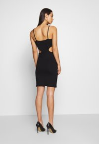 NA-KD - OPEN SIDE DETAIL DRESS - Shift dress - black - 2