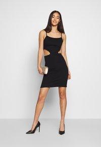 NA-KD - OPEN SIDE DETAIL DRESS - Fodralklänning - black - 1