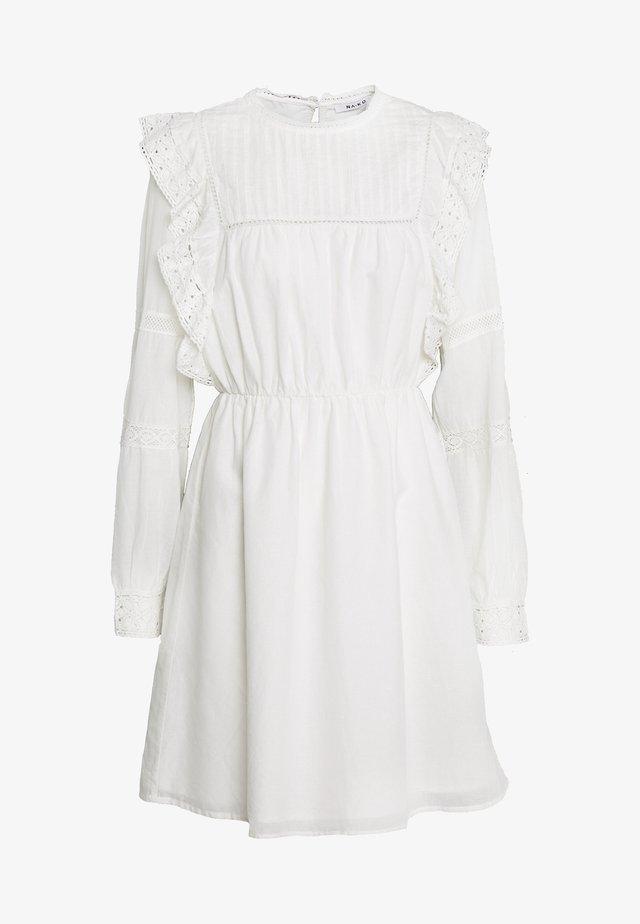 LACE FRILL DRESS - Hverdagskjoler - white