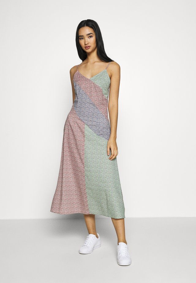 THIN STRAP MIDI DRESS - Denní šaty - multicoloured