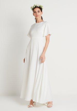 ZALANDO X NA-KD WIDE FLOWY SLEEVE MAXI DRESS - Iltapuku - white