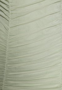 NA-KD - ZALANDO X NA-KD GATHERED BANDEAU DRESS - Robe d'été - dusty green - 5