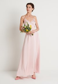 NA-KD - V-NECK FLOWY DRESS - Maxi-jurk - dusty pink - 1