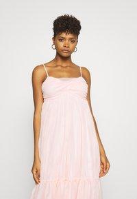 NA-KD - ZALANDO X NA-KD VOLUME DRESS - Sukienka koktajlowa - dusty pink - 3