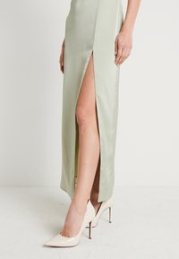 NA-KD - HIGH SLIT DRESS - Maxiklänning - dusty green - 3