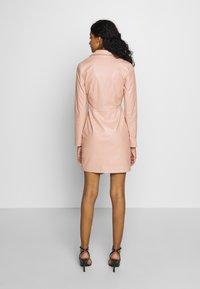 NA-KD - BLAZER DRESS - Juhlamekko - dusty pink - 3