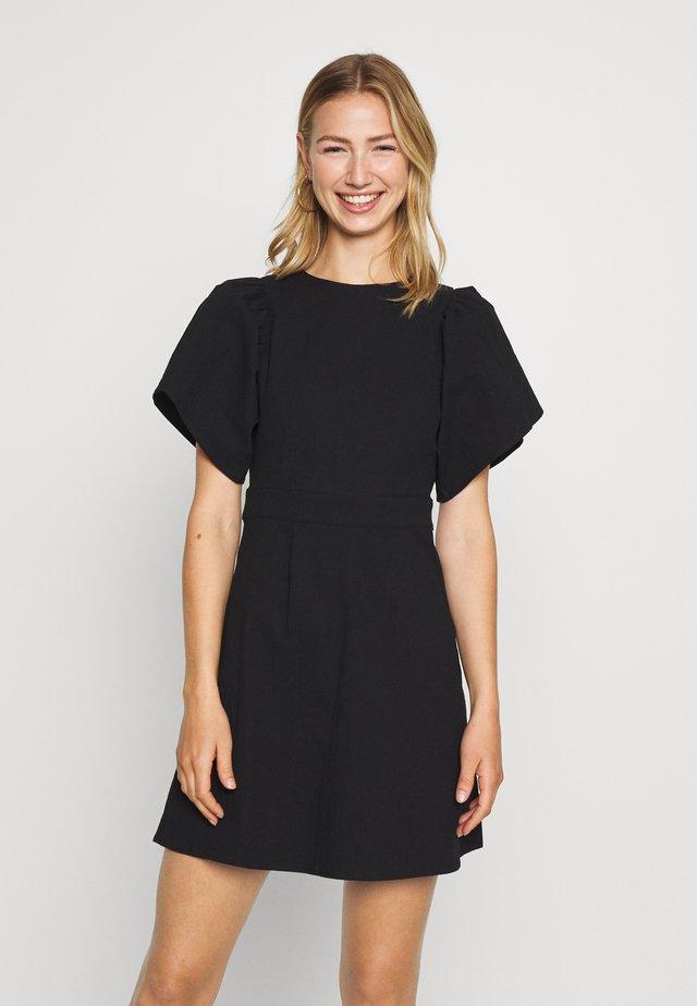 SLEEVE DETAIL DRESS - Korte jurk - black