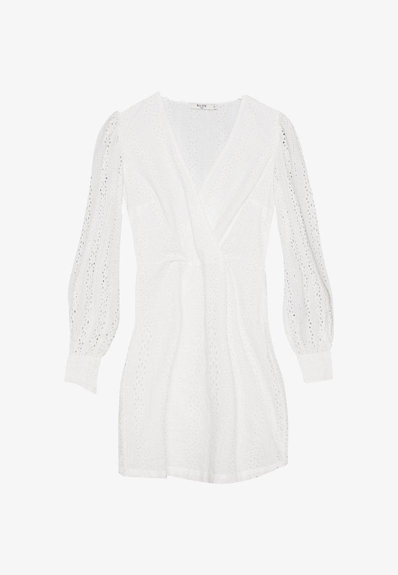 NA-KD - CROCHET DRESS - Denní šaty - white