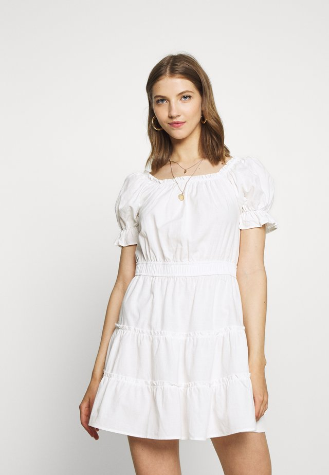 OFF SHOULDER MINI DRESS - Freizeitkleid - white