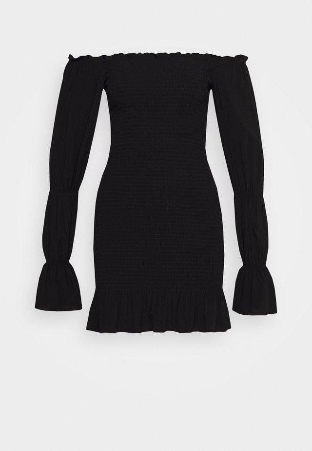 PAMELA REIF X NA-KD PUFFY SLEEVE SMOCKED DRESS - Korte jurk - black