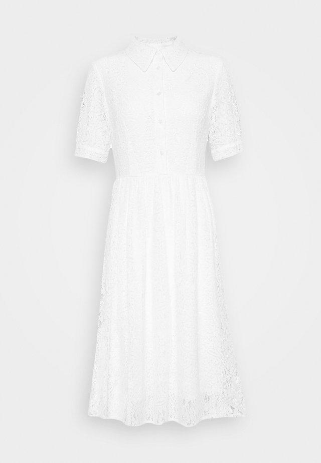 SHORT SLEEVE DRESS - Vapaa-ajan mekko - white