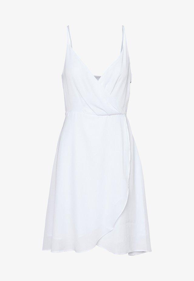 OVERLAP FLOWY DRESS - Freizeitkleid - white