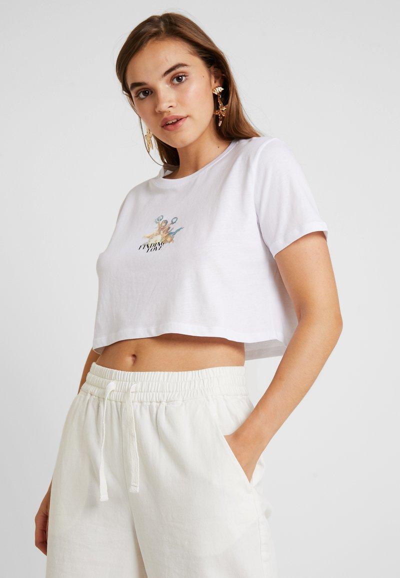 NA-KD - CUPID LOVE TEE - Print T-shirt - white