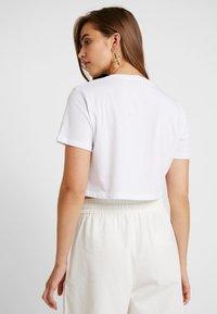 NA-KD - CUPID LOVE TEE - Print T-shirt - white - 2