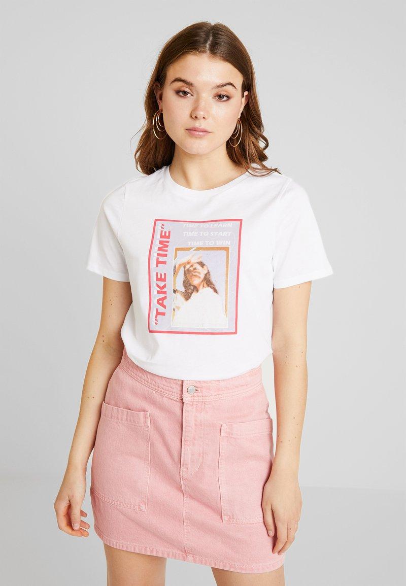 NA-KD - TAKE TIME - T-Shirt print - optical white