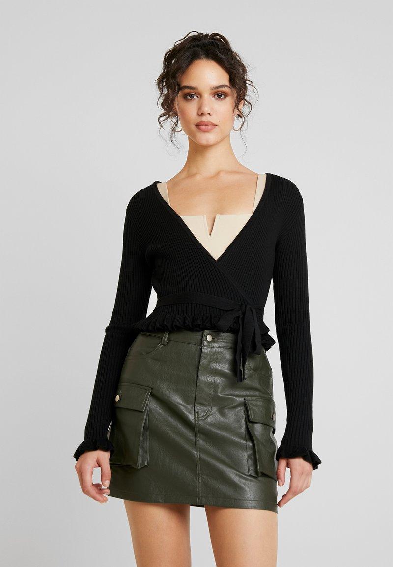 NA-KD - HANNA WEIG TIED  - Bluzka z długim rękawem - black