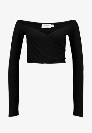 DILARA x NA-KD OFF SHOULDER WRAP - Top sdlouhým rukávem - black