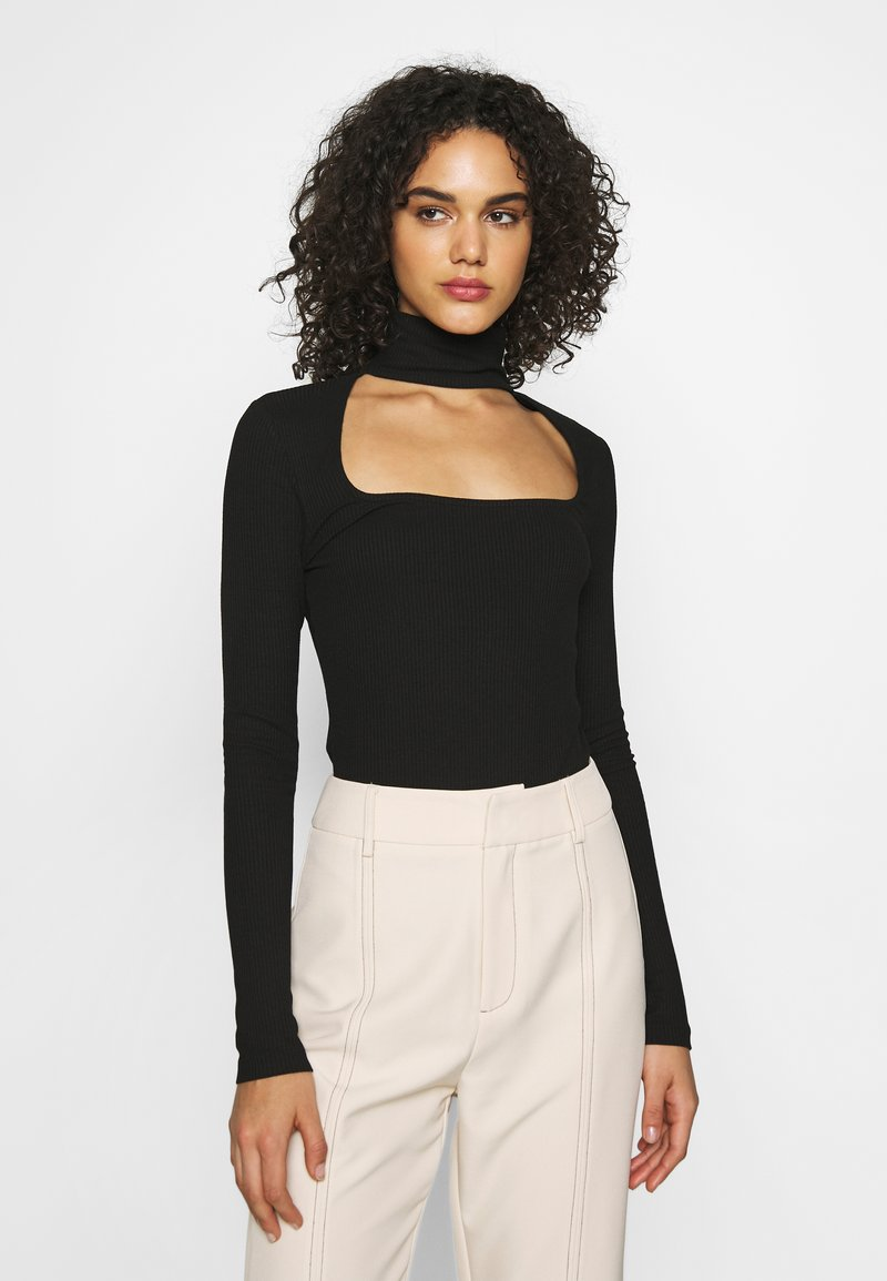 NA-KD - CUT OUT - Long sleeved top - black