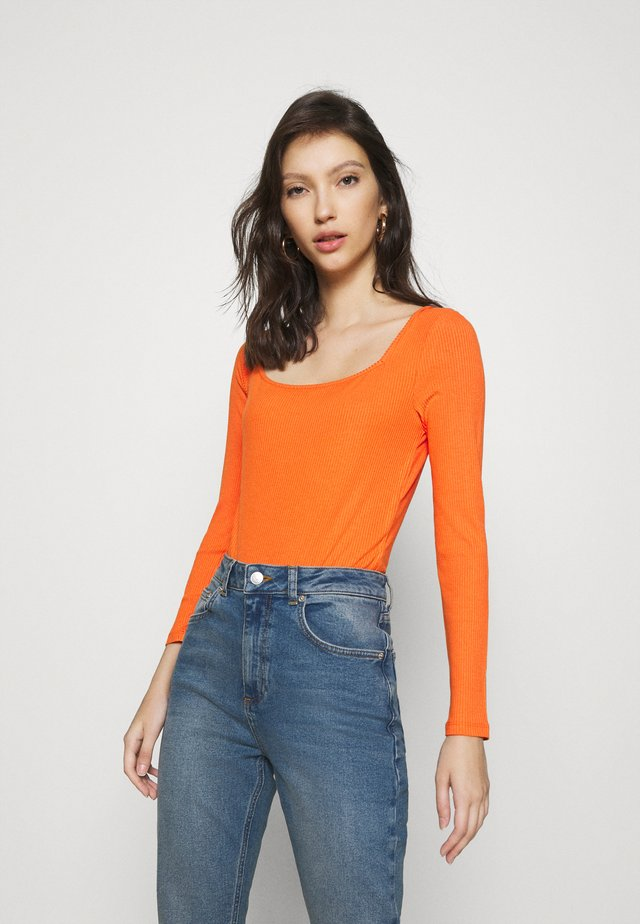 ONE SHOULDER - Long sleeved top - terracotta
