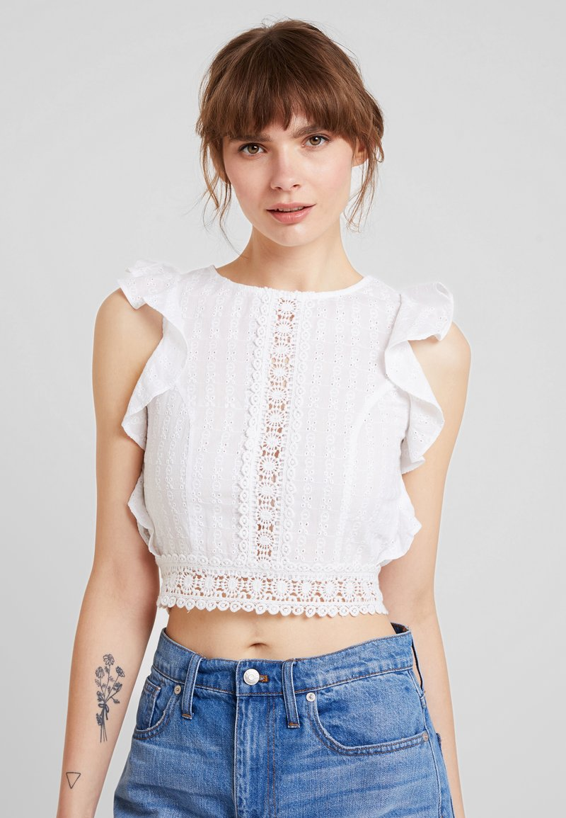 NA-KD - CROPPED SCHIFFLI - Bluse - white