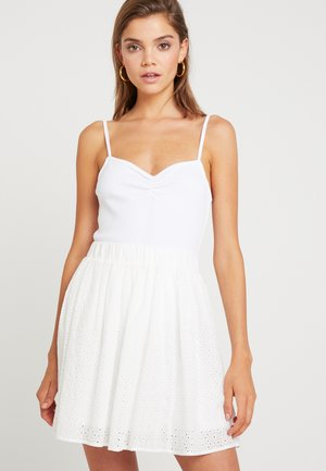 SWEETHEART RUCHED CAMI - Top - white