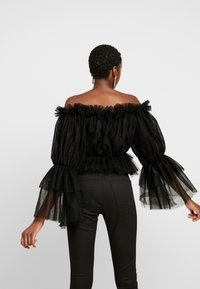 NA-KD - OFF SHOULDER - Blouse - black - 2