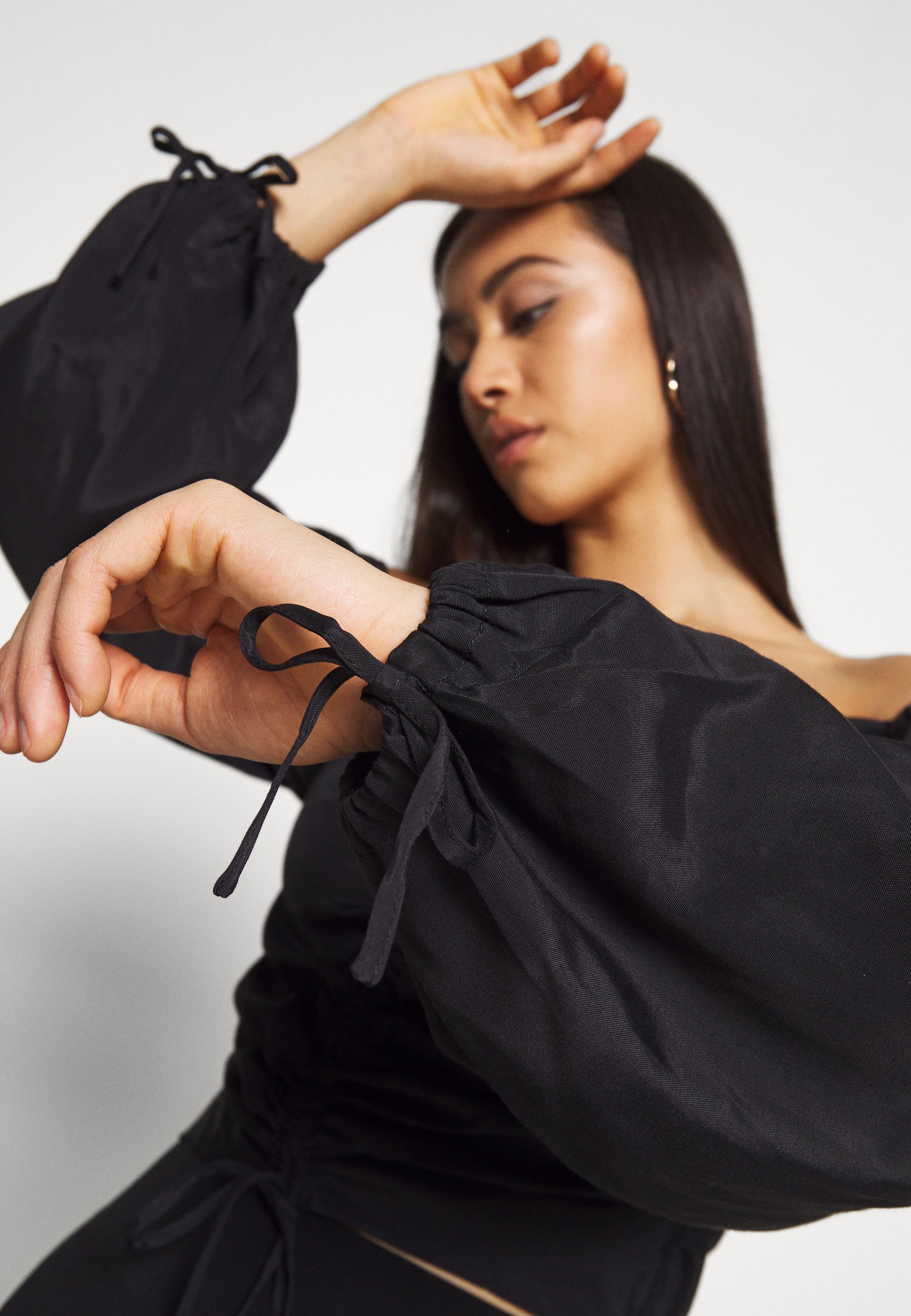 Na-kd Draped Balloon Sleeve Blouse - Blus Black